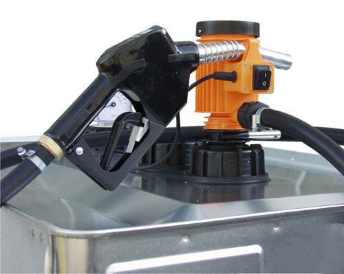 Beispiel CENTRI Elektropumpe 230 V mit Automatik-Zapfpistole montiert auf UNI-Tank